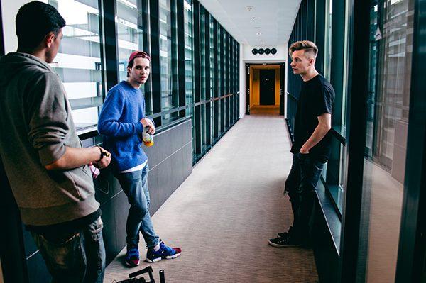 backstage_chyba nam_2_Stubyshit