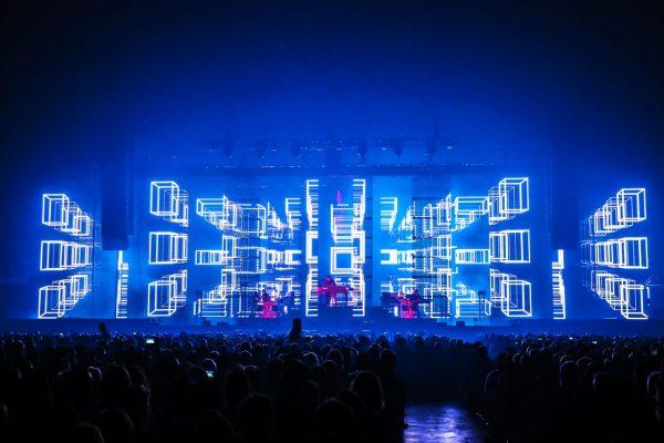 jm-jarre-electronica-tour-13